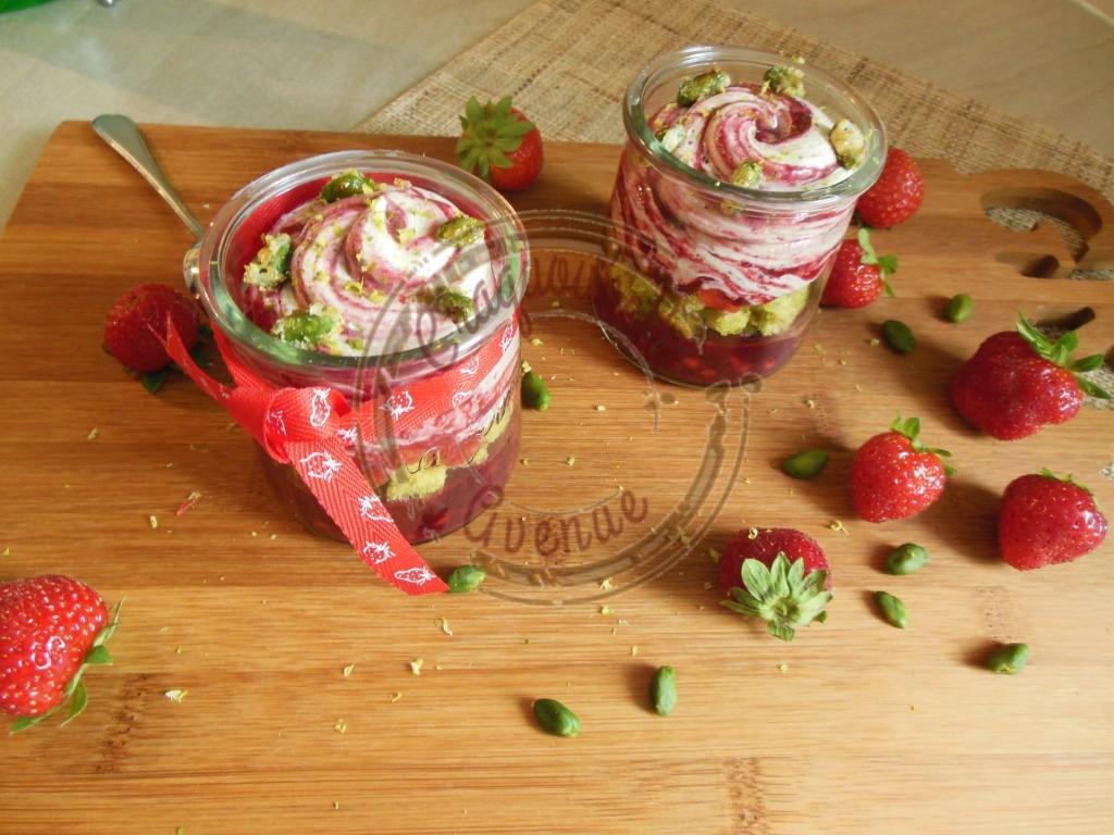 Kosmik pistache fruits rouges C.M. 24.07 (2)