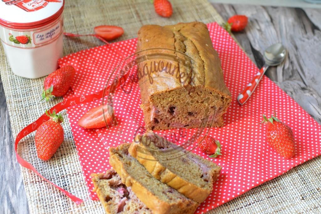 Cake aux fraises 3.05.16 (5)